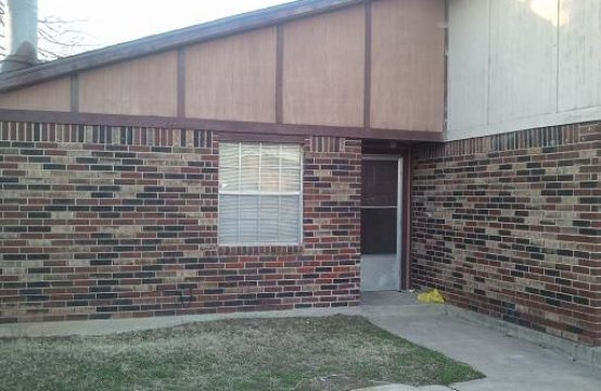 duplex for rent 4611 Creek Court Midwest City, OK 73135