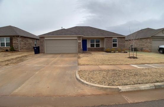 9813 High Noon Road Yukon, OK 73099